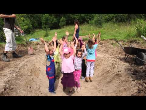 Pharrell Williams - HAPPY - ZAJEZOVSKA SKOLA - #HAPPYDAY